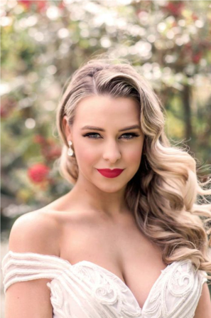 The red lip is a bridal beauty trend for 2020